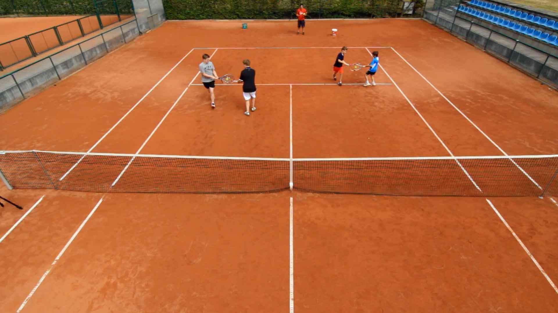 Tennis-Ausbildung der Zukunft: Vorfahrt für's Spielen