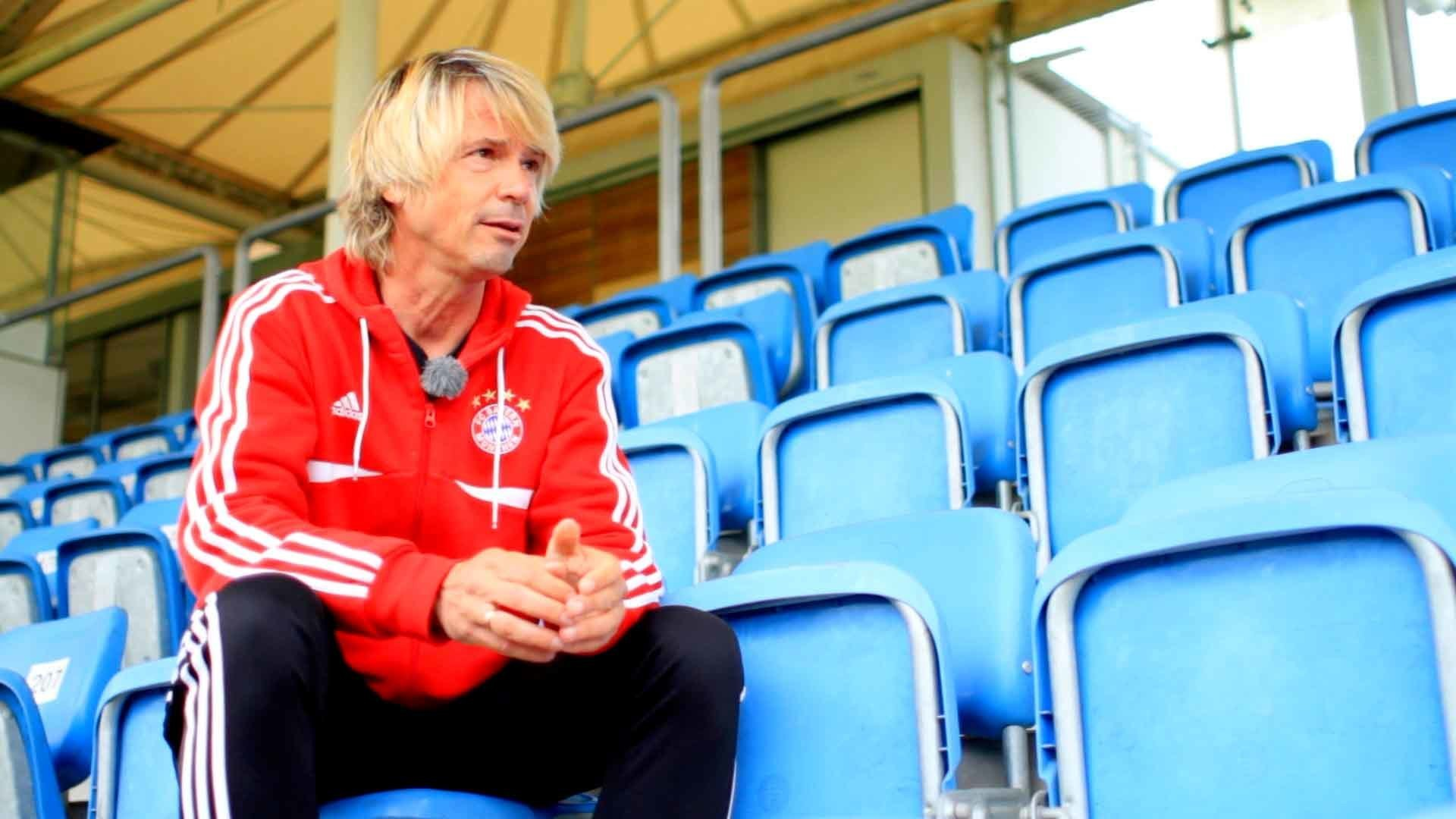 Matthias Nowak über das Erlernen von neuen Fußballtricks & Bewegungen