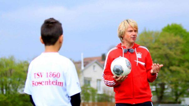 Naka-Naka - Konzentrationsübung für junge Fußballer