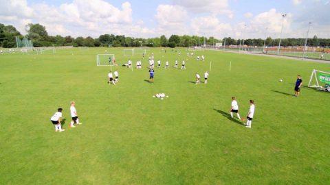 Fangspiel Bälle klauen   Trainiere Schnelligkeit, Koordination und Ballgefühl