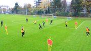 Fußball-Übung: Schnelles Umschaltspiel im 4 gegen 2 trainieren