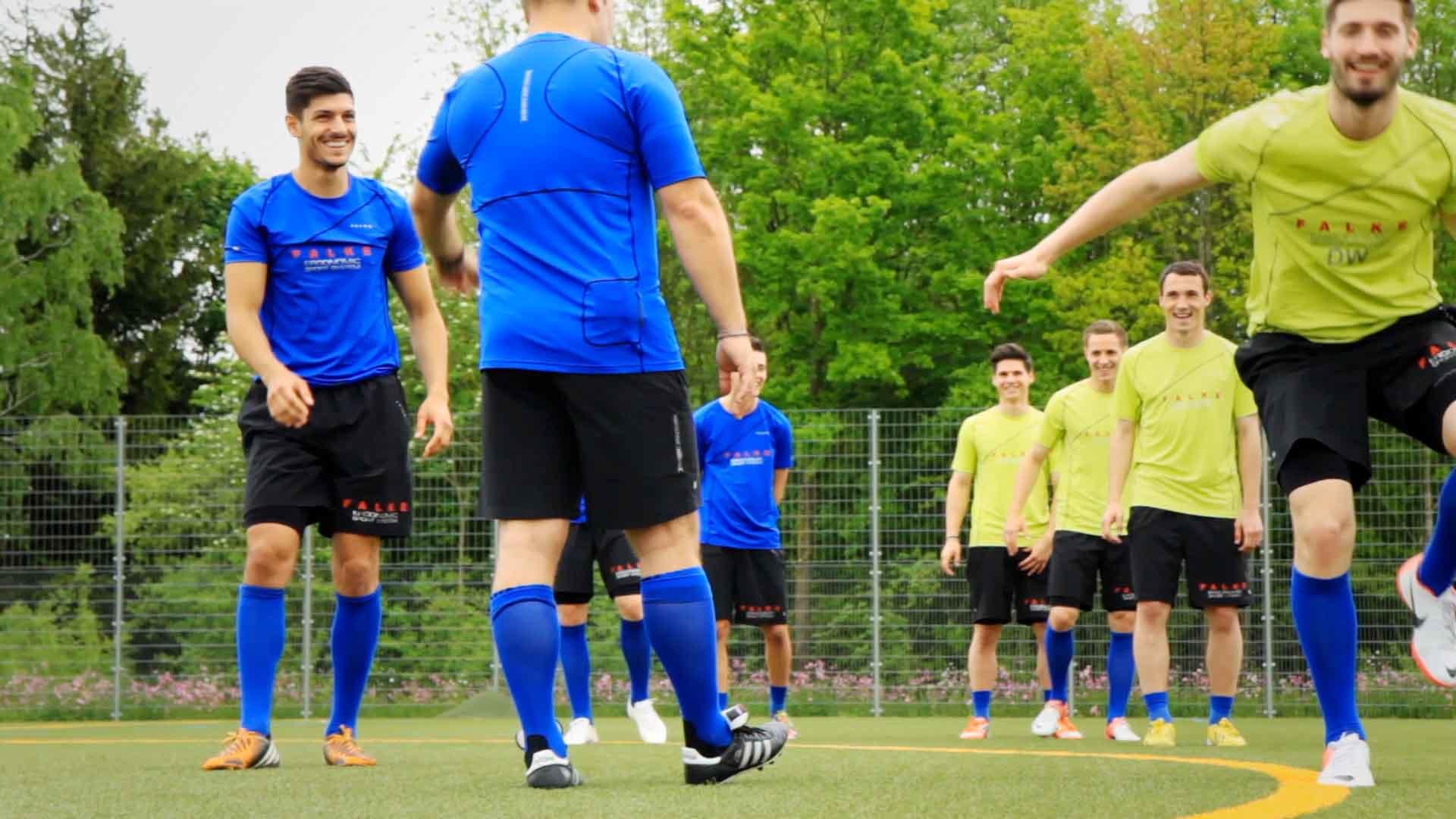 Verknüpfung mit Reizen zur besseren Koordination für Fußballer