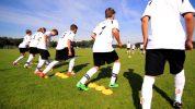 """""""Hot Steps"""": Übung für schnelle Antritte im Fußball"""