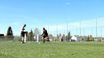 Schnelligkeit, Koordination und Flankenspiel verbessern mit dieser Fussballübung