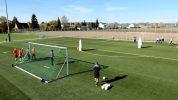 Der Parcours: Torschussübung für Fußballmannschaften