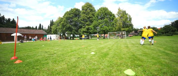 Fußballübung zur Zweikampfführung / D-Jugend