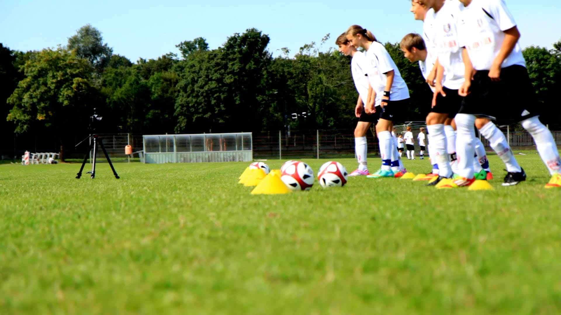 5 Übungen für mehr Speed: Dein Schnelligkeits-Trainingsplan für's Fußballtraining