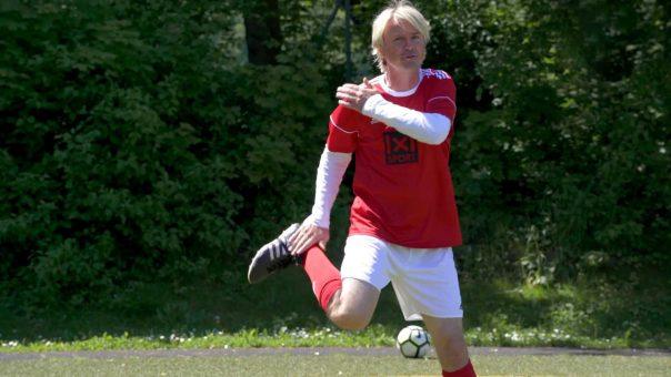 Bewegungsmuster verknüpfen und Konzentration fördern // Fussball Warm Up Übung: Move Update I