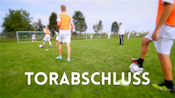 Fussballtraining: Torabschluss unter Wettkampfdruck