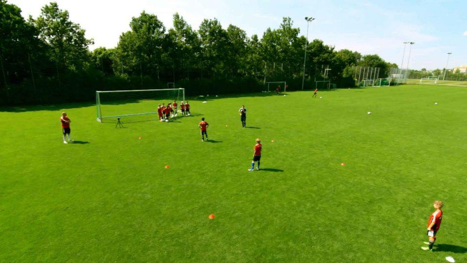 Trainingsvideo Passubung Fur Fussball Jugendmannschaften